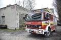 V Bratislave je rušno: Auto sa ocitlo v plameňoch, hasiči ihneď zasiahli