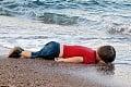 Fotografia mŕtveho Aylana († 3) otriasla svetom: Príbeh maličkého chlapca, ktorý umrel cestou za slobodou