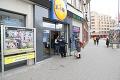 ONLINE Koronavírus na Slovensku: Počet nakazených opäť stúpol! Zomrel infikovaný muž († 60), ktorého prepustili do domácej liečby