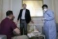 Kolaps nemocníc a kritika: Rumunský minister zdravotníctva náhle odstúpil z funkcie