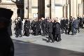 Pikantné stretnutie na pohrebe Gotta: Slávny hudobník mal v katedrále manželku aj milenku!