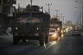 Viacerí politici odsúdili tureckú ofenzívu na severe Sýrie: Ankara za ňu draho zaplatí!