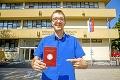 Hviezda bratislavských intrákov sa konečne dočkala: Večný študent Ján má titul! Čo odkazuje ostatným?