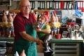 Posledný výrobca tradičných záhradných sošiek hľadá nástupcu: Kto zachráni trpaslíkov?