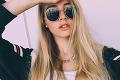 18-ročná dcéra Borisa Kollára provokuje z dovolenky: Zadoček ako zbraň