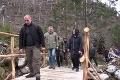 Premiér zažil v Javorovej doline šok: Pre lávku vyrúbali 10 mladých stromov, tvrdá kritika lesníkov