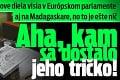 Jánove diela visia v Európskom parlamente aj na Madagaskare, no to je ešte nič: Aha, kam sa dostalo jeho tričko!