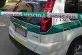 Tragická nehoda neďaleko Šale: Auto narazilo do cyklistu († 77)