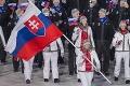 Otvorili XXIII. zimné olympijské hry: Slovensko dostalo v prenose 15 sekúnd, Velez-Zuzulová vlajku zvládla!