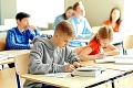 Kde budú študovať naše deti? Nové opatrenie štátu spôsobilo medzi rodičmi paniku