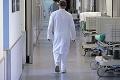 Doktori tvrdia, že pre nový návrh zákona musia zvýšiť ceny: Pokladnice pre lekárov zaplatia pacienti!