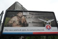 Bilbord SNS uráža Rómov: Kampaň Slotovej strany je nechutná!