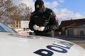 Polícia minulý týždeň udeľovala pokuty: Bez rúška sa promenádovalo vyše tisíc ľudí