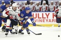 Opäť sú terčom posmechu: Trápiace sa Buffalo malo na ľade 10 hráčov
