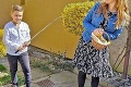 Slovenskí chlapci sa na Veľkonočný pondelok vynašli: Ako sme oblievali ašibali počas pandémie