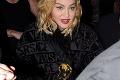 Madonnu zdobí nové tetovanie: Speváčka sa najprv musela potúžiť alkoholom