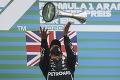 Hamilton zbiera víťazstvá rad za radom: Oberie Schumiho ovšetky rekordy?
