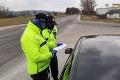 Slováci skúšajú trpezlivosť policajtov: Tisícky porušení opatrení, tu počítajte s kontrolami