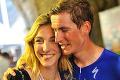 Mladý cyklista prekvapil svoju priateľku: Pokľakol priamo na Gire