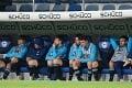 Desivé scény po vypadnutí z bundesligy: Fanúšikovia Schalke naháňali hráčov!