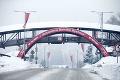 Donovaly sa premenili na snehovú krajinku: Vodiči, ktorí prezuli, horko zaplakali! Bláznivé počasie ešte nedalo zbohom