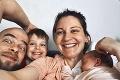 Mamičky Silvia a Henrieta opísali skúsenosti: Rodili na Slovensku aj v zahraničí! Kde to bolo lepšie?