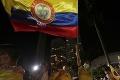 Násilie v Kolumbii neutícha: Hrozivý počet obetí vládnych protestov