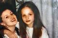 Spoznávate speváčku na zábere z roku 1998? Na fotke je jedna zvláštnosť