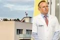 Rozruch kvôli žúrke u známeho onkológa: Na Dolinského s celebritnými hosťami zavolali políciu, lekár reaguje
