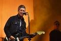 Bývalý gitarista Oasis naložil Harrymu ako nikto: Vulgárny výlev na adresu ufňukaného princa