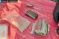 Na Zemplíne zasahovali kukláči: Zadržali stovky dávok drogy, vyšetrovateľ obvinil dvoch mužov