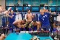 Bujaré oslavy v šatni: Takúto pesničku by ste od našich futbalistov nečakali!