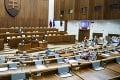 Novela zákona o kybernetickej bezpečnosti je na stole Národnej rady: Nachádzajú sa v nej mnohé zmeny