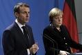 Merkelová a Macron varovali pred šírením nových variantov koronavírusu: Neschvaľujú otvorené hranice