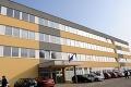 Obvinená z podvodu: Bývalú zamestnankyňu Daňového úradu v Košiciach vzali do väzby