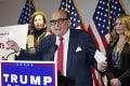 Vykrikoval, že voľby sú podvod, teraz má právnik Donalda Trumpa po chlebe: Súd mu pozastavil platnosť jeho licencie