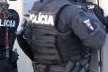 Ranná razia v Nitre: Policajti zasahovali u bývalého funkcionára Daňového úradu