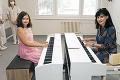 Talentovaná Emka utrpela vážnu zlomeninu: Nadanej klaviristke zachránili ruku!