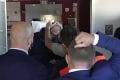 So Zemanom to nevyzerá vôbec dobre: Fotky českého prezidenta desia! Ako komentoval jeho stav lekár?