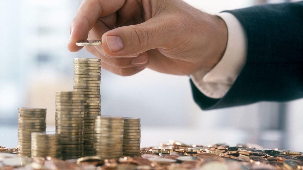 Verejné financie sa dostali do pásma vysokého rizika! Odborníci varujú:  Hrozivý scenár | Nový Čas