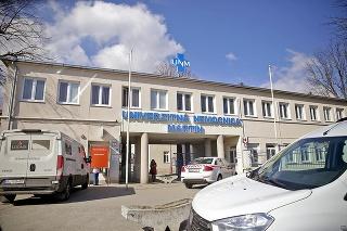 Do nemocnice v Martine priviezli pacientku z Prahy.