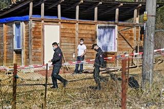 Obyvateľom osady Háj v Gelnici nariadili pre hrozbu šírenia nového koronavírusu karanténu.