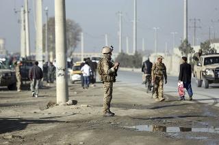 Taliban priamo kontroluje alebo ovplyvňuje približne polovicu Afganistanu.