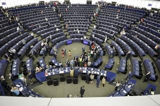 Poslanci Európskeho parlamentu budú požadovať dostatočne silný právny rámec.