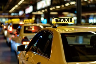 Sign of a waiting taxi