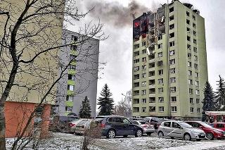 Dom horel niekoľko hodín a postavil do pozoru aj vládne špičky.