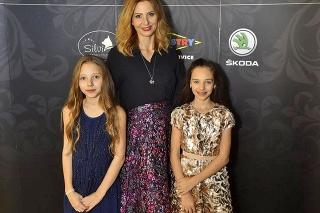 Ivana Gottová s dcérami Nelly Sofiou a Charlotte Ellou.
