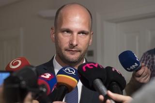 Grendel po skončení rokovania výboru v Bratislave.