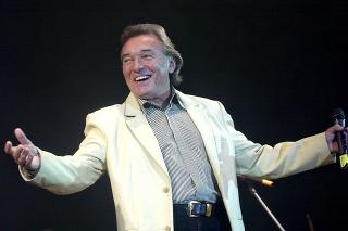 November 2006: Karel Gott počas koncertu v Športovej hale na Pasienkoch v Bratislave.