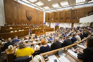 Na snímke 57. schôdza NR SR v Bratislave 21. januára 2020.